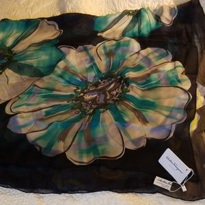 NWT Gorgeous Salvatore Ferragamo Large Silk Scarf